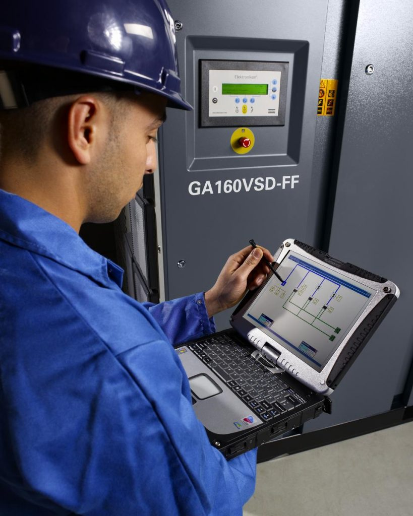 GA 160 oil injected screw air compressor - monitoring system